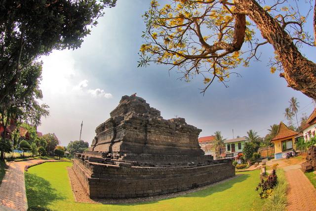 candi jajagu di Tumpang, malang adalah warisan dari kerajaan Singosari pada pemerinthan Kertanegara (dok.pri).