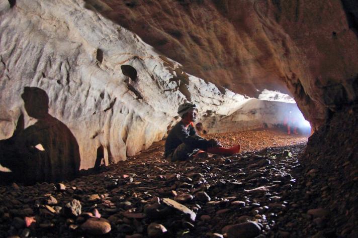 ketaping lorong gua